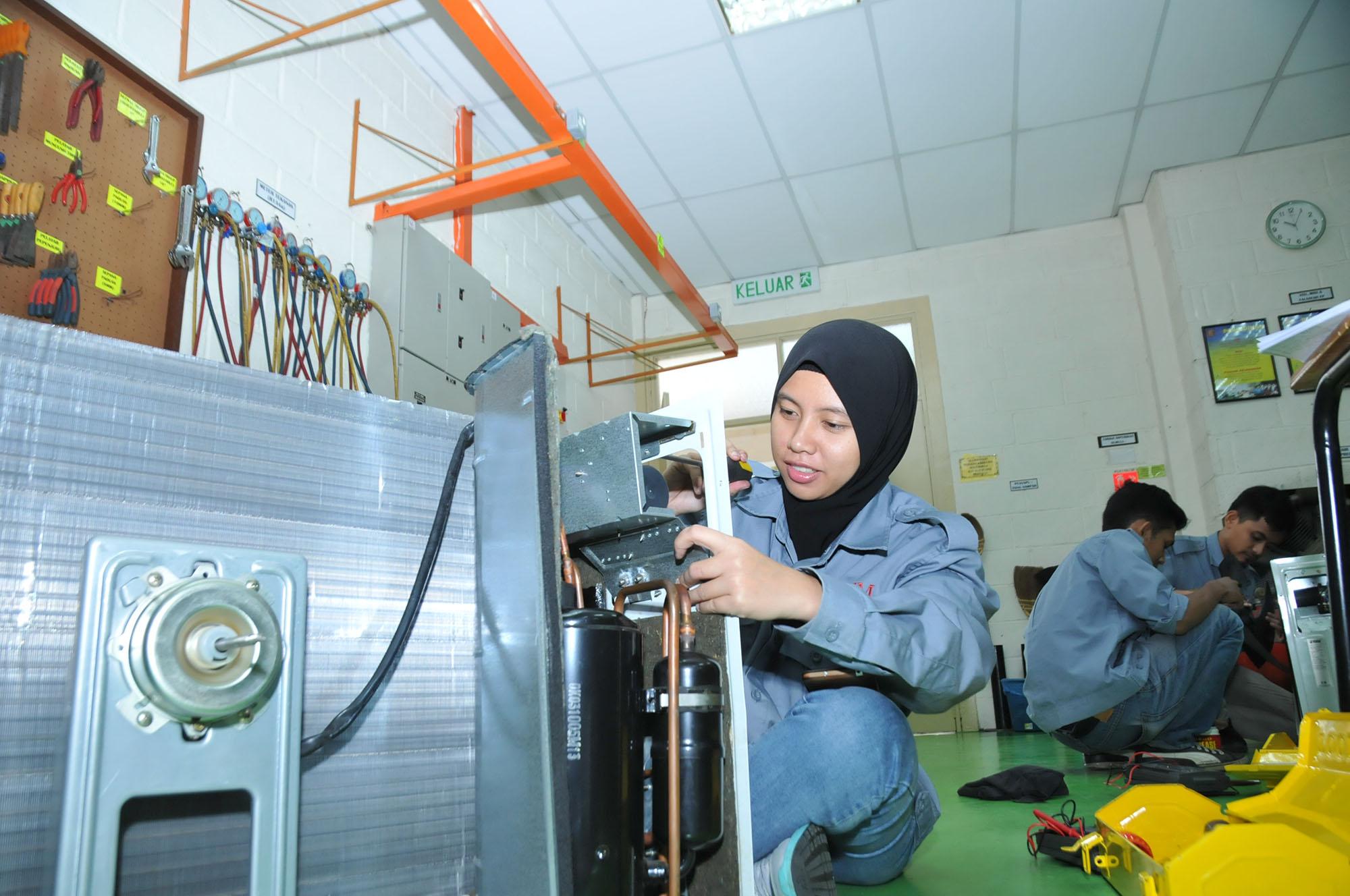 makmal aircond 3