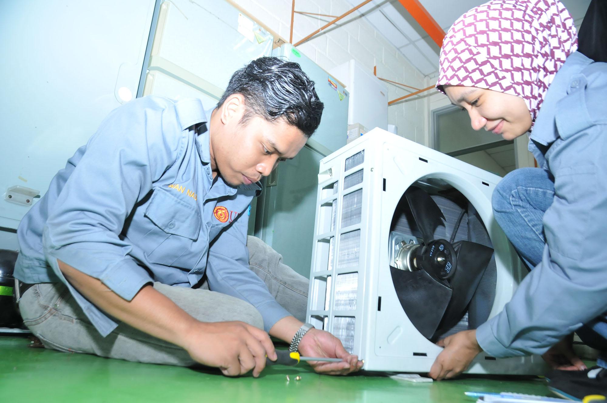 makmal aircond 4